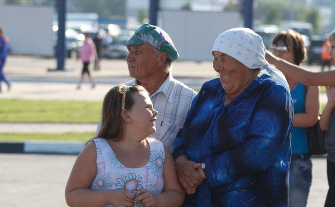 Как получить путинские 100000 рублей за первого ребенка в 2020 году