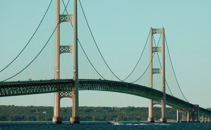 Mackinac_Bridge.jpg